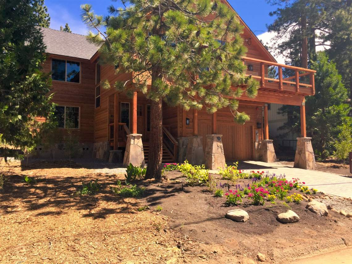 We have your tahoe dream home lake tahoe real estate for Lake tahoe home builders