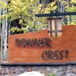 donner-crest-sign