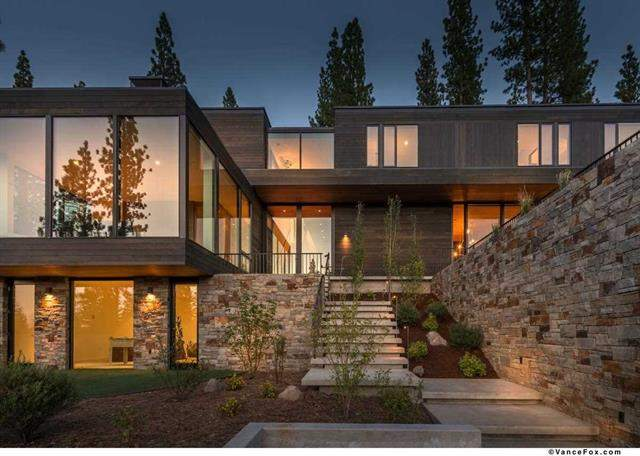 Lake views properties incorporating mountain modern design for Mountain contemporary architecture